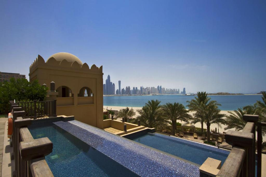 The swimming pool at or near Beach Apartments, Palm Jumeirah