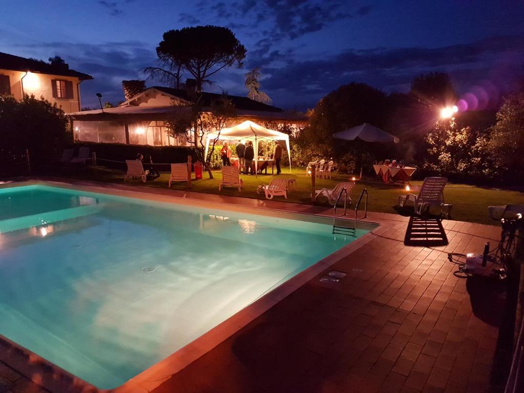 Piscina di Airone Pisa Park Hotel o nelle vicinanze