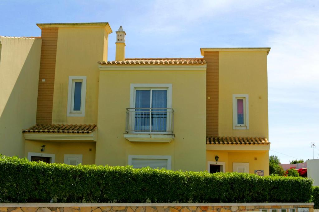 Villa Olsus (Portugal Albufeira) - Booking.com