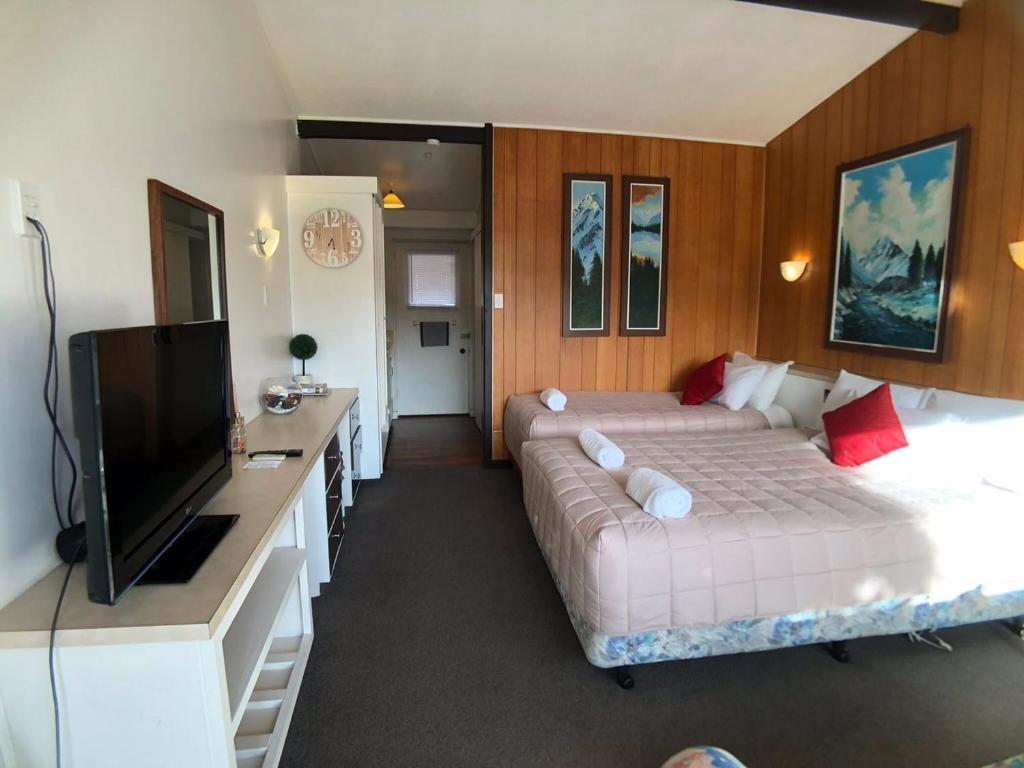 Tui Lodge Motel