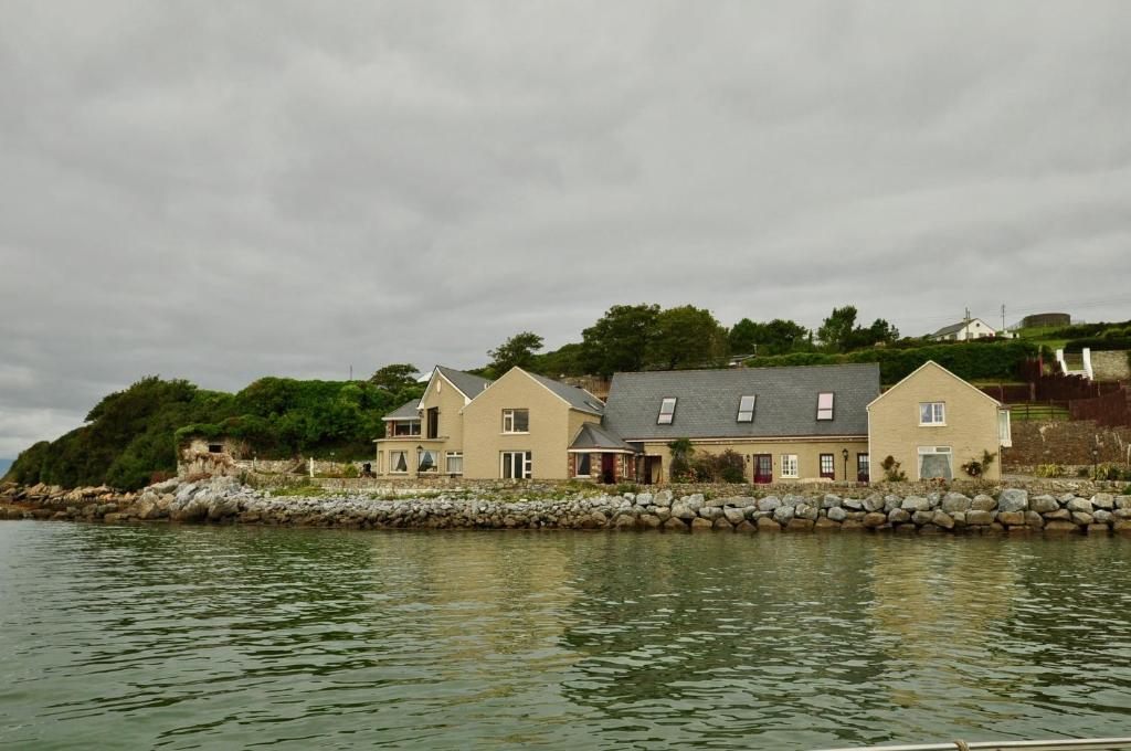 Tralee Bay - Wikipedia