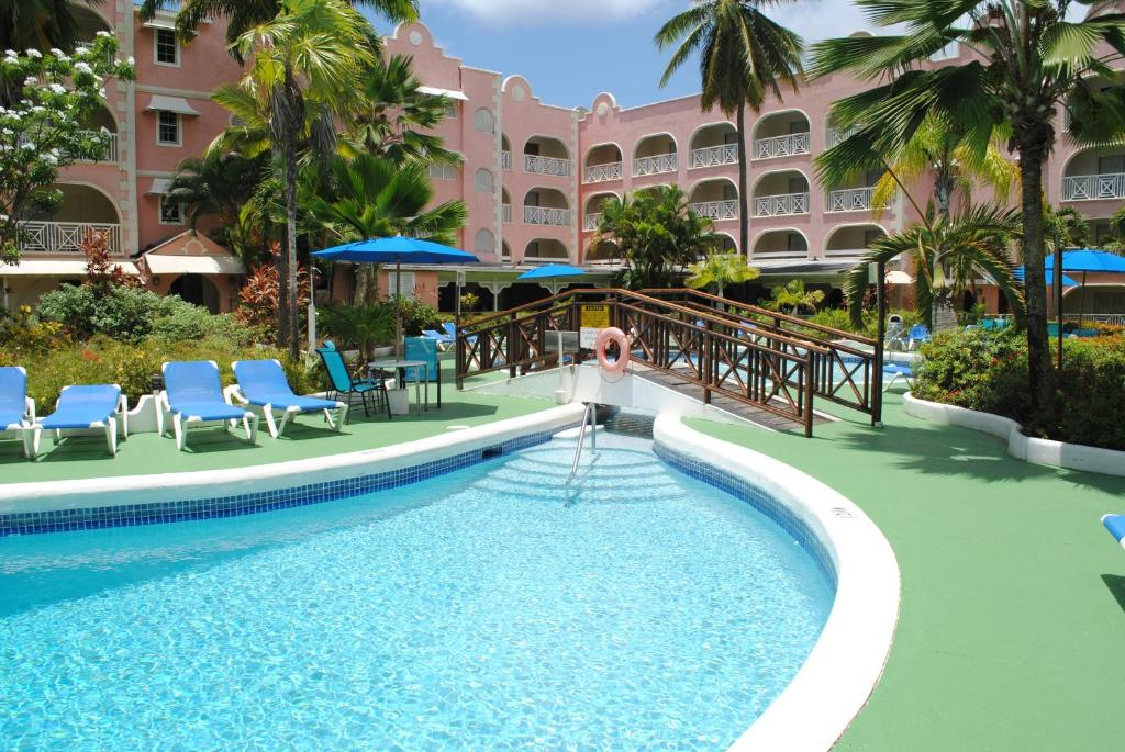 The swimming pool at or near Sunbay Hotel
