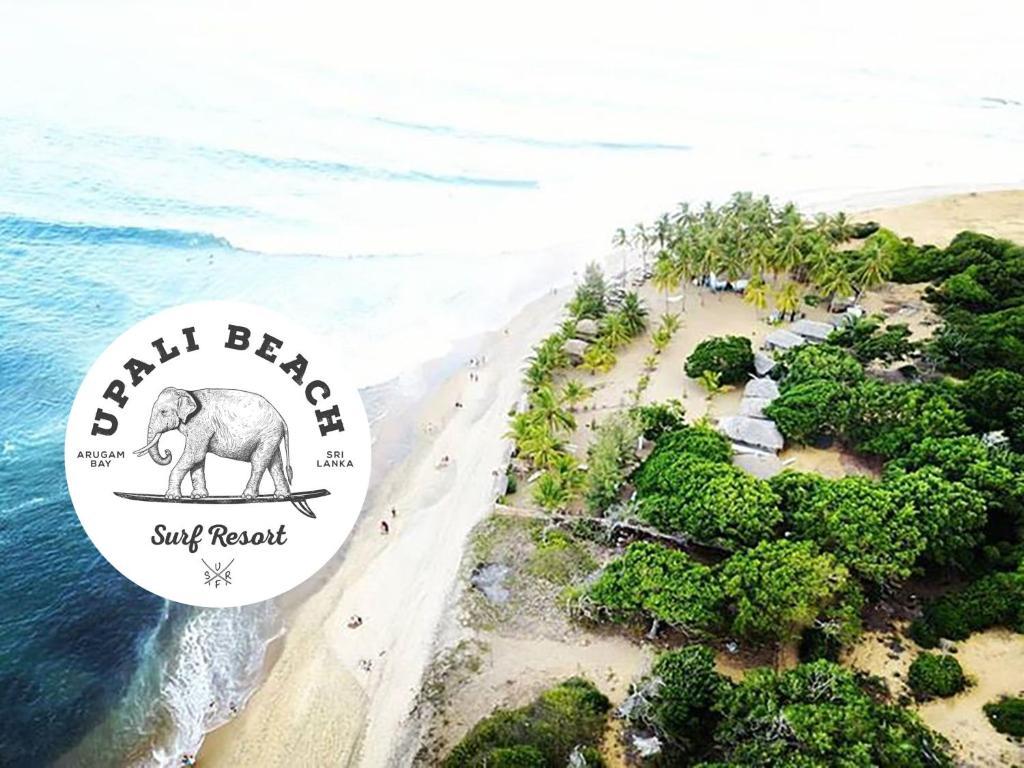 Et luftfoto af Upali Beach Surf Resort
