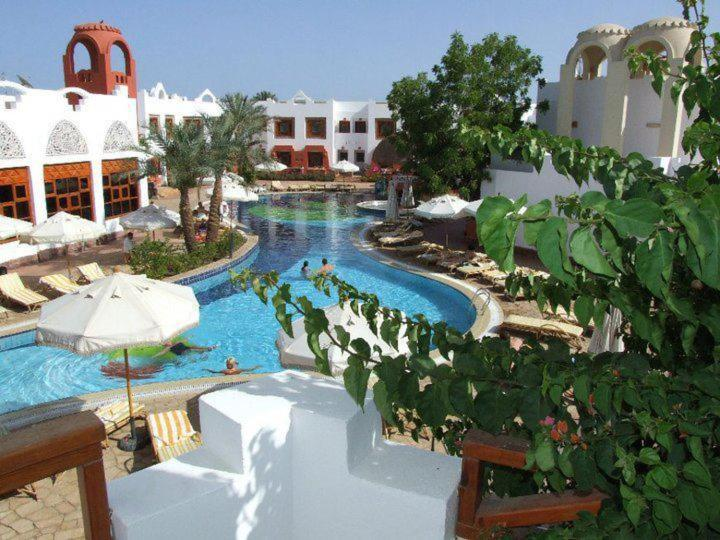Вид на бассейн в Отель Sharm Inn Amarein или окрестностях