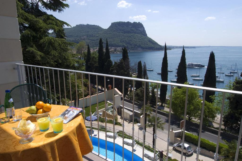 Hotel Excelsior Le Terrazze Garda Updated 2020 Prices