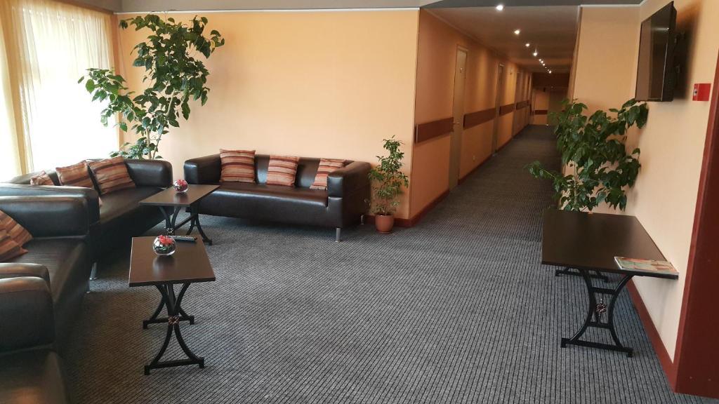 Гостиная зона в Отель Рауту