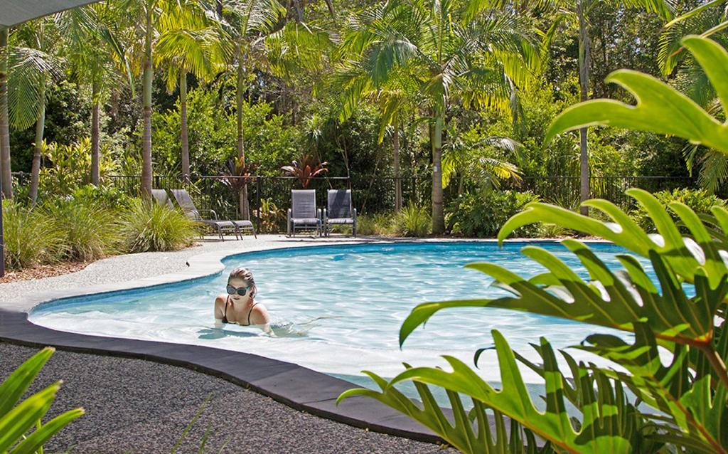 The swimming pool at or near Bayshore Bungalows Byron Bay