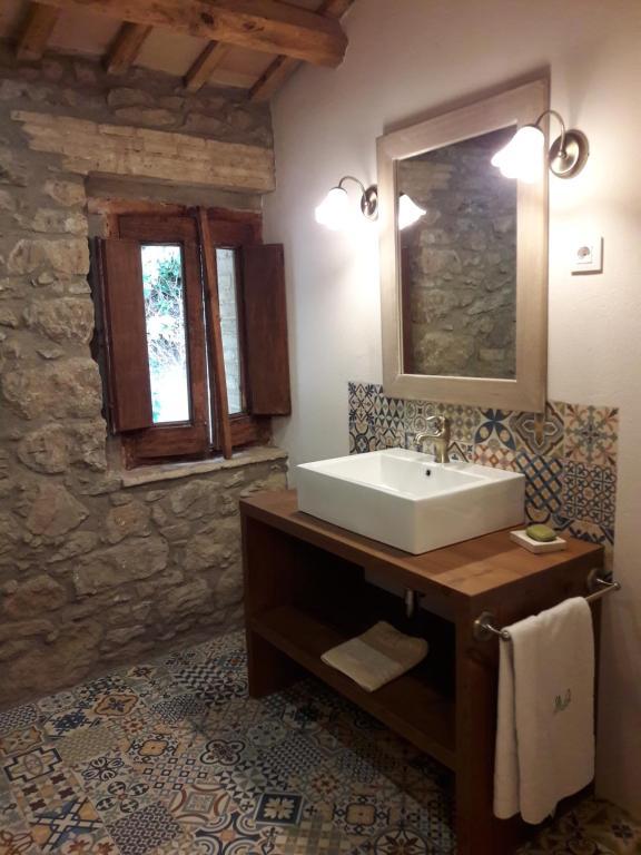 Casa de temporada Mas Roca Del Mill (Espanha Perafita ...