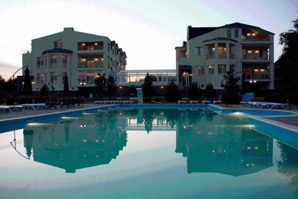 The swimming pool at or near Marco Polo Hotel