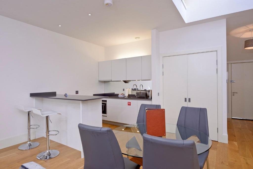 Destiny Scotland - St Andrew Square Apartments