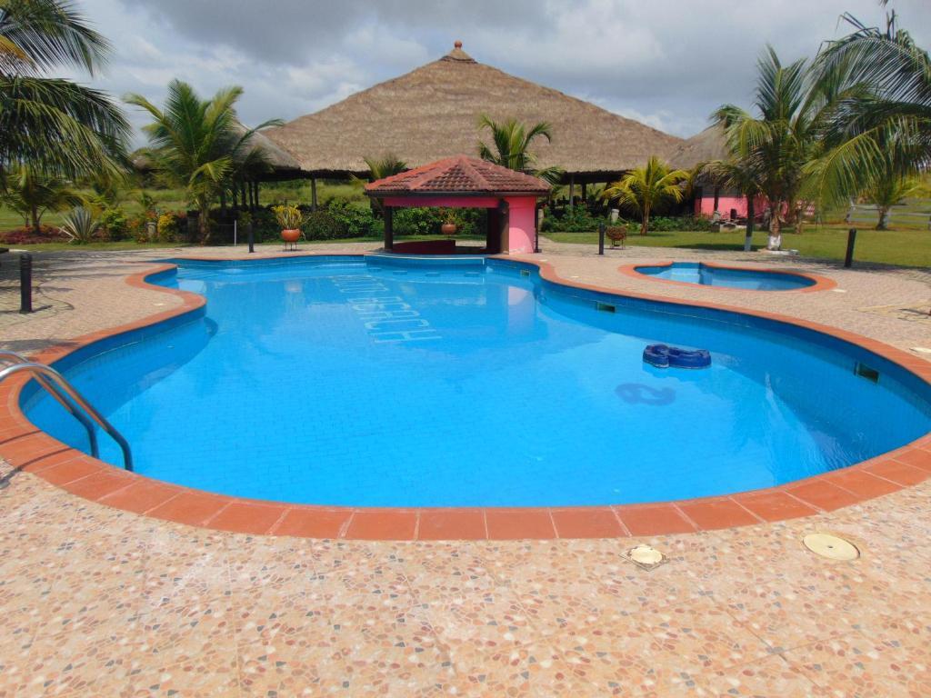 Bojo Beach Resort Bortianor Ghana