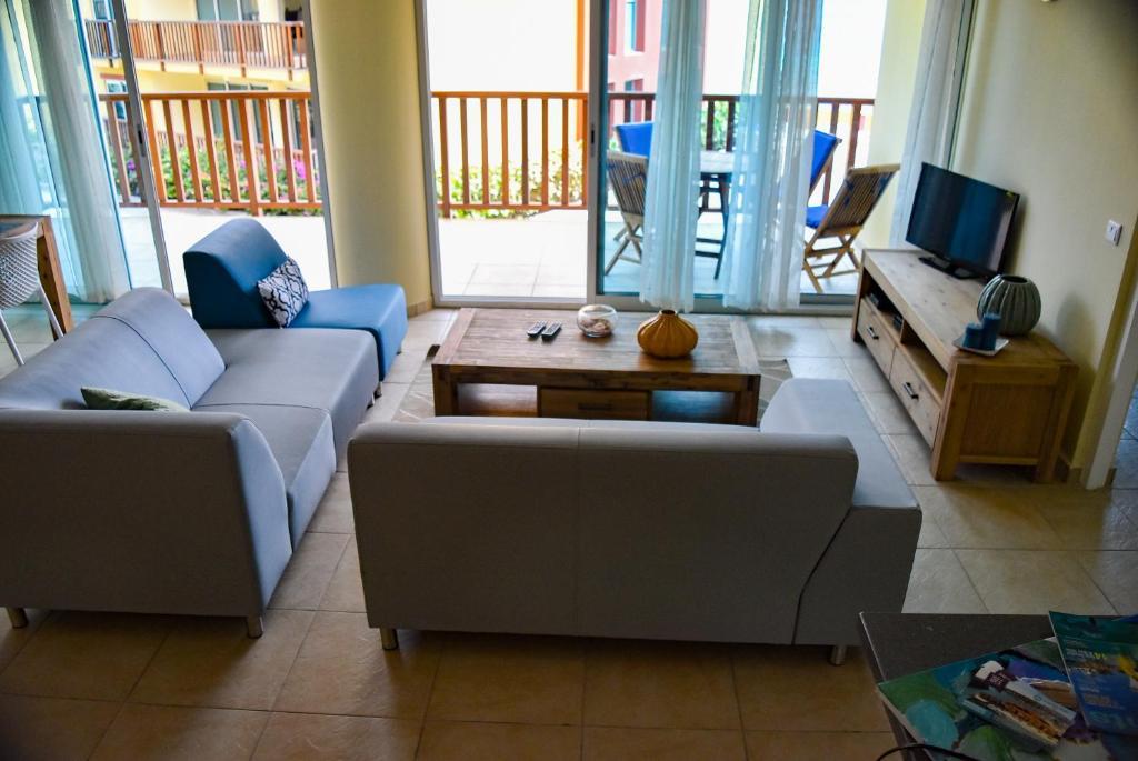 Palapa Beach Resort Curacao