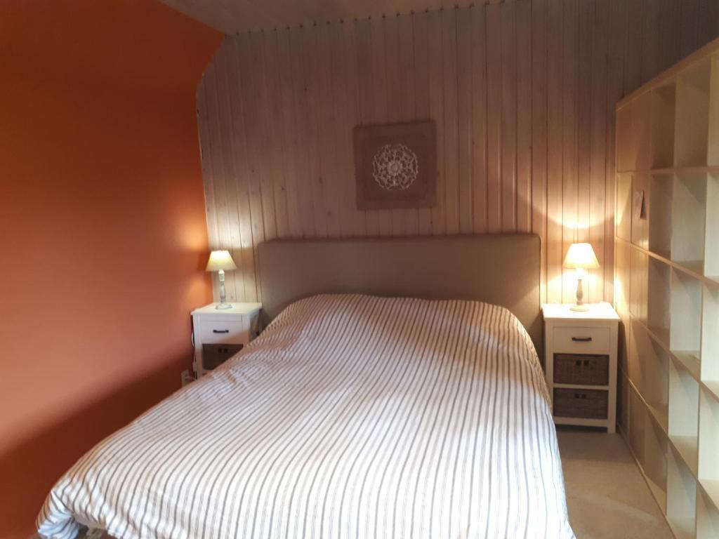 Кровать или кровати в номере Escale de Brionsart
