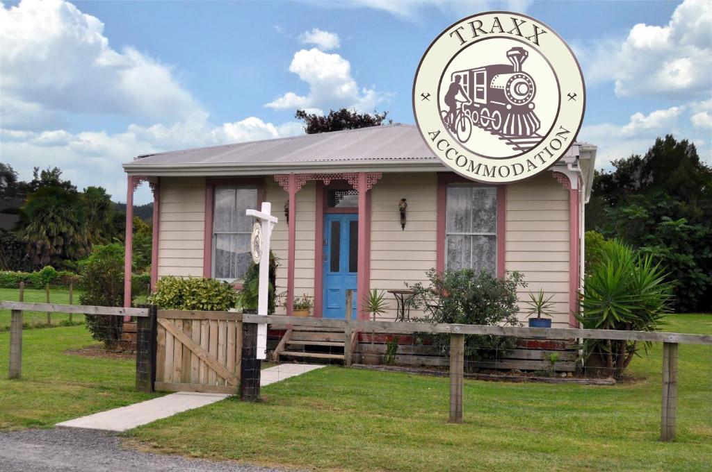 Traxx Cottage