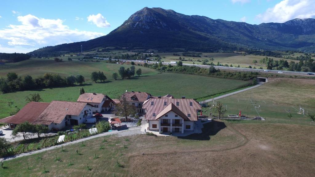 A bird's-eye view of Tourist Farm Hudičevec