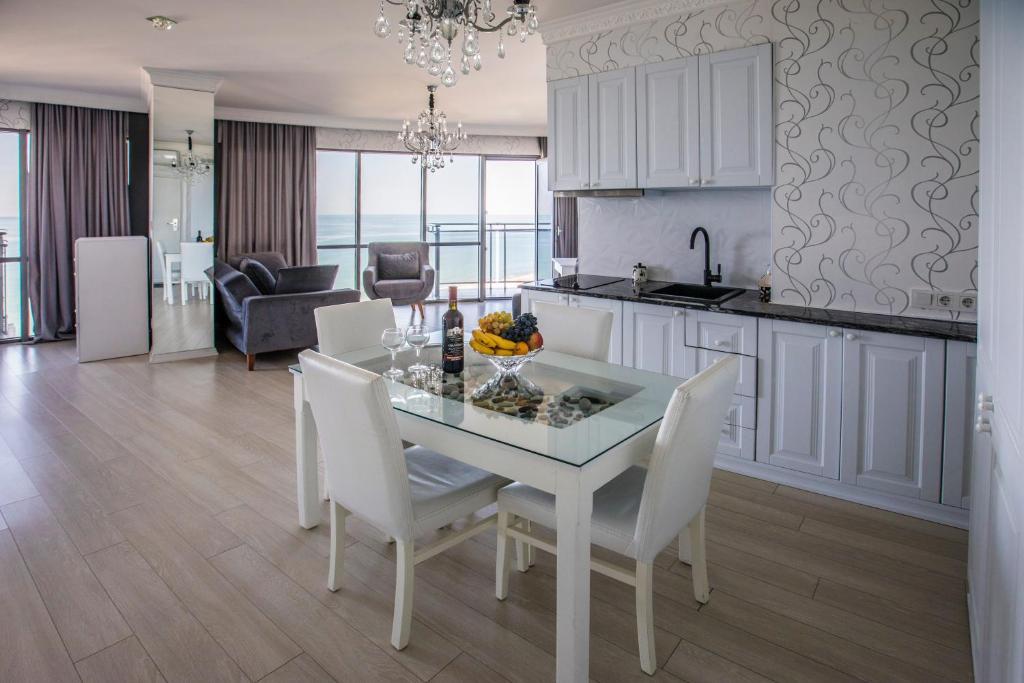 Tina's Apartment