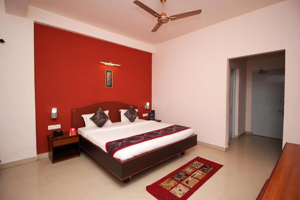 A bed or beds in a room at New Rockbay