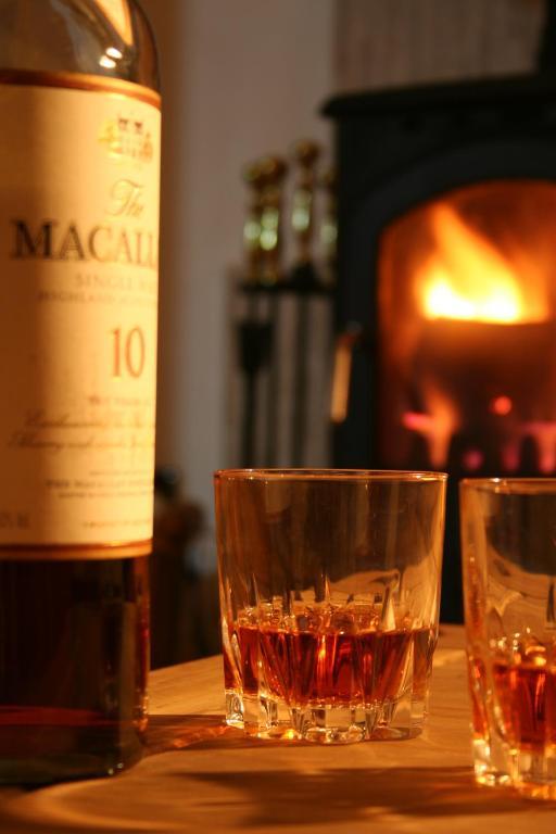Drinks at loch lomond apartments