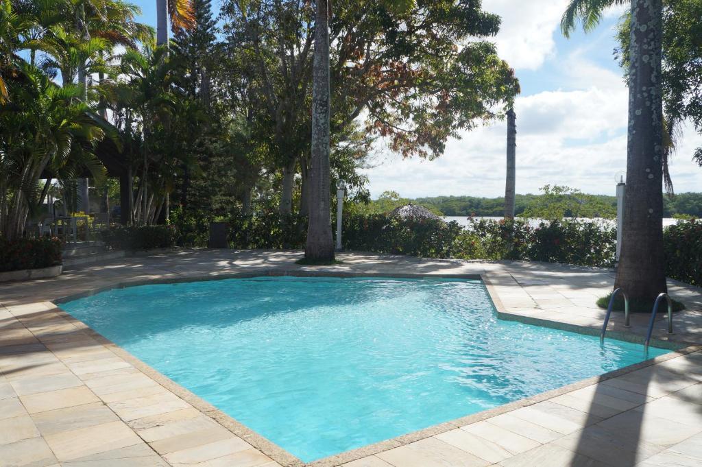 The swimming pool at or near Chacara São José
