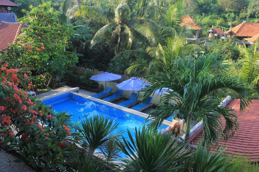 A view of the pool at Breeze Villa or nearby
