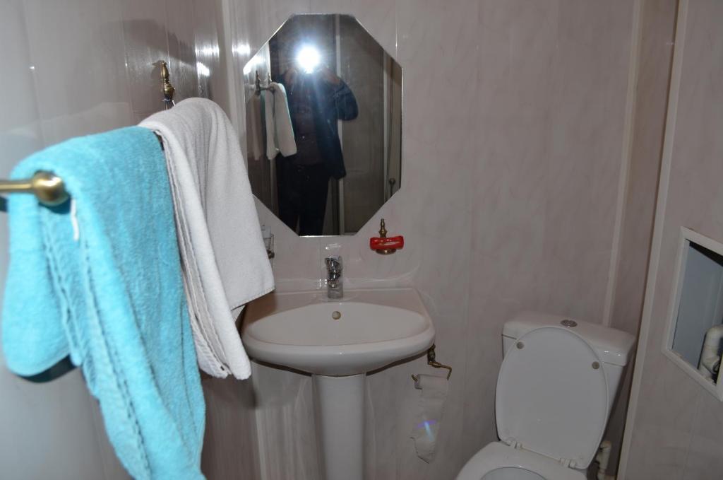 A bathroom at Hostel Vizit
