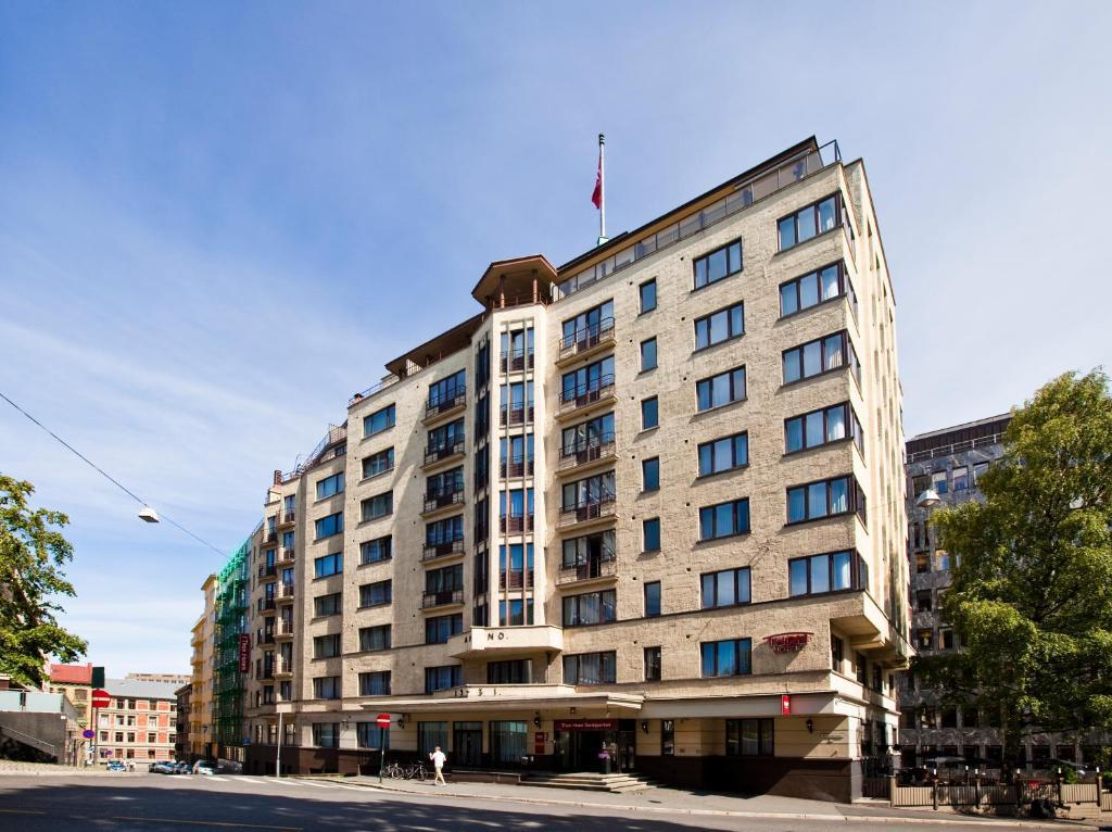 Thon Hotel Slottsparken Oslo Norway Booking Com