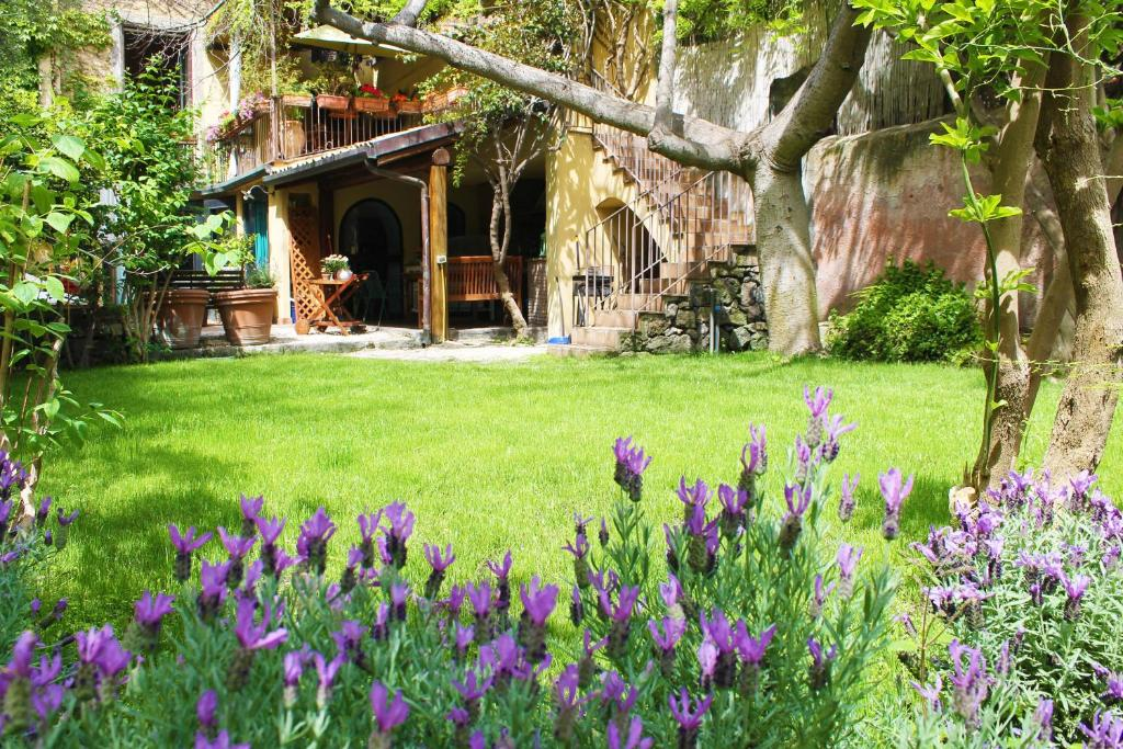 Giardino di Inn The Garden