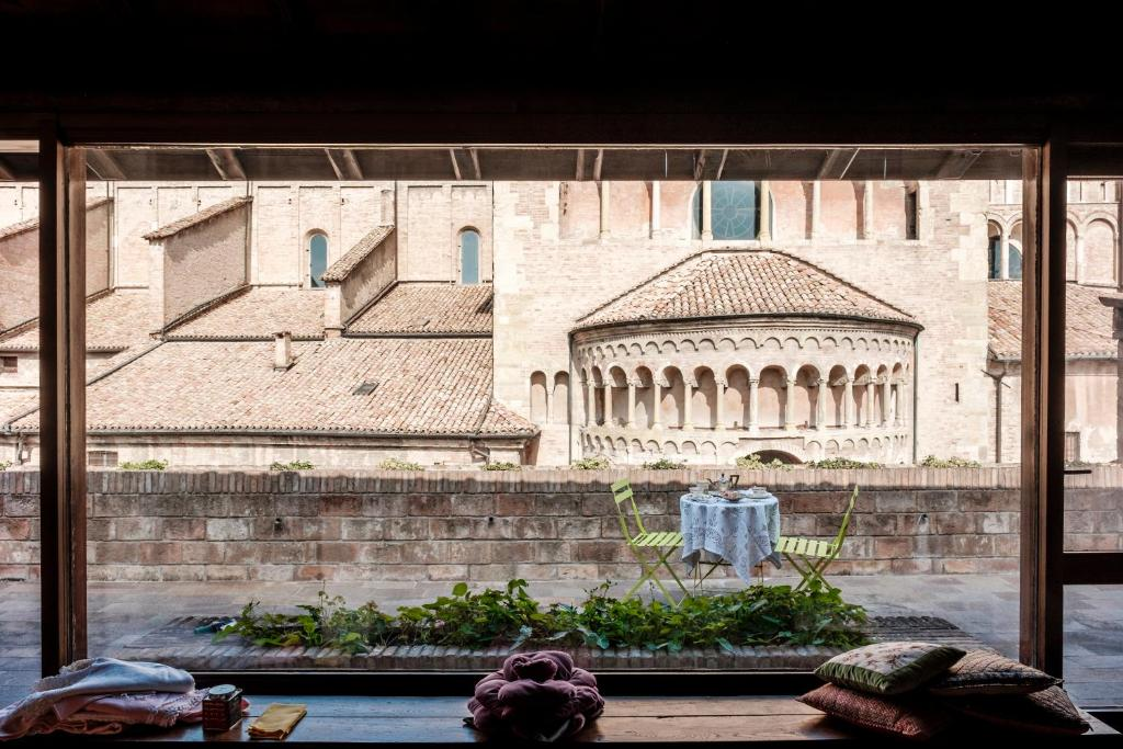 B B La Terrazza Sul Duomo Parma Italy Booking Com