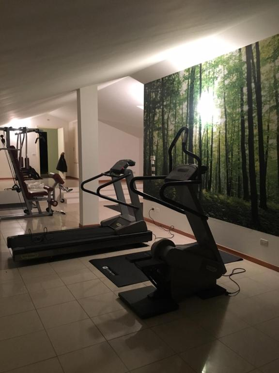 The fitness center and/or fitness facilities at Hotel Tre Ville