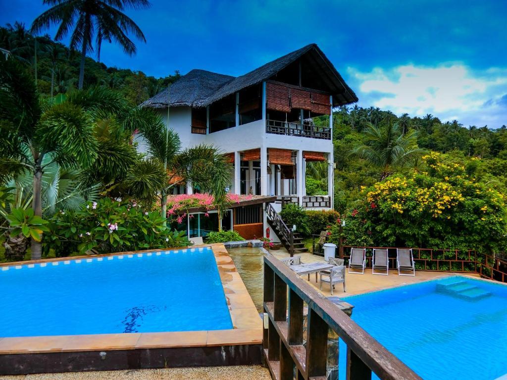 Swimming pool sa o malapit sa Suan Sawan Ocean View