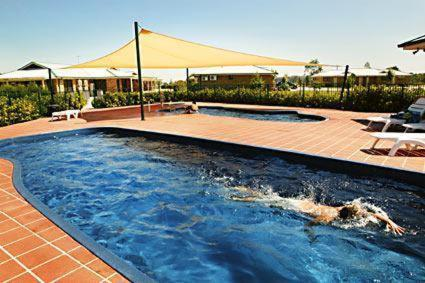 The swimming pool at or near Potters Hotel Brewery Resort