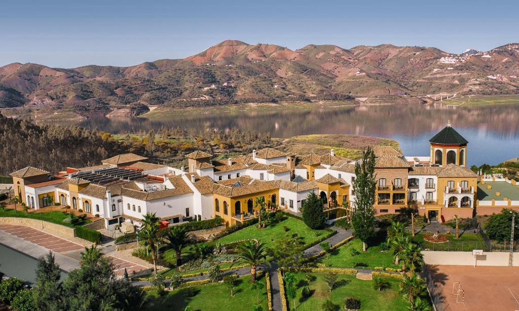 B bou Hotel La Viñuela & Spa a vista de pájaro