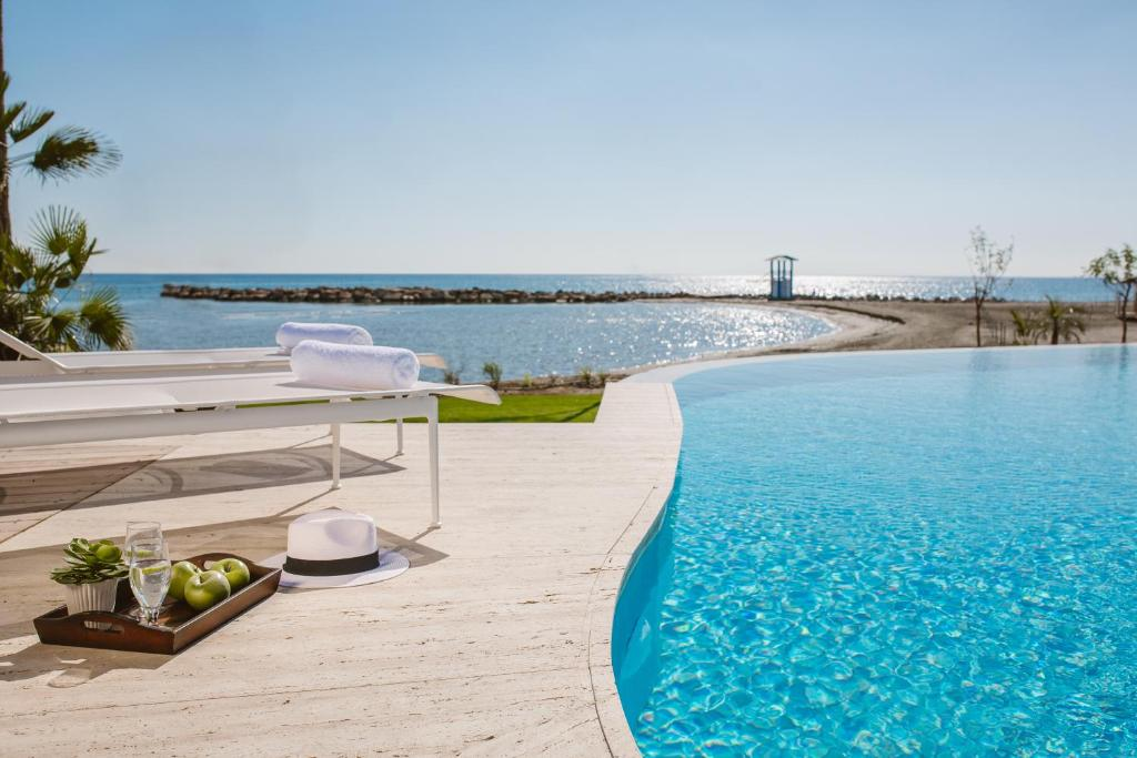 The swimming pool at or close to Lebay Beach Hotel