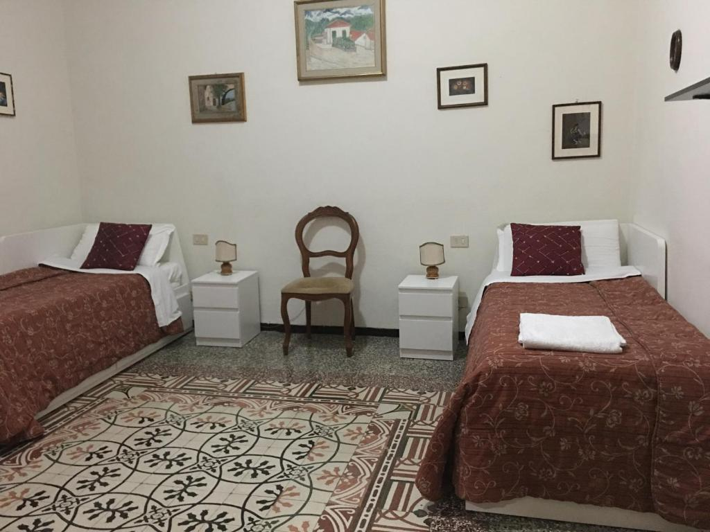 A bed or beds in a room at A Casa Doina Airport