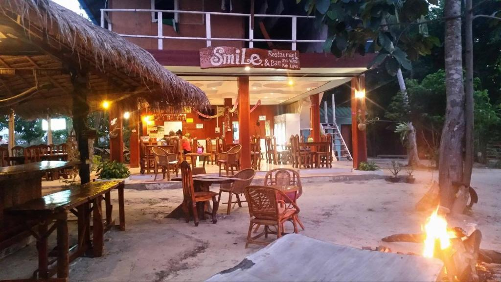 Smile Sunset Resort Ko Lipe Thailand Booking Com