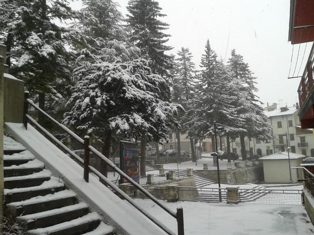 Grazioso appartamento al centro di Roccaraso during the winter
