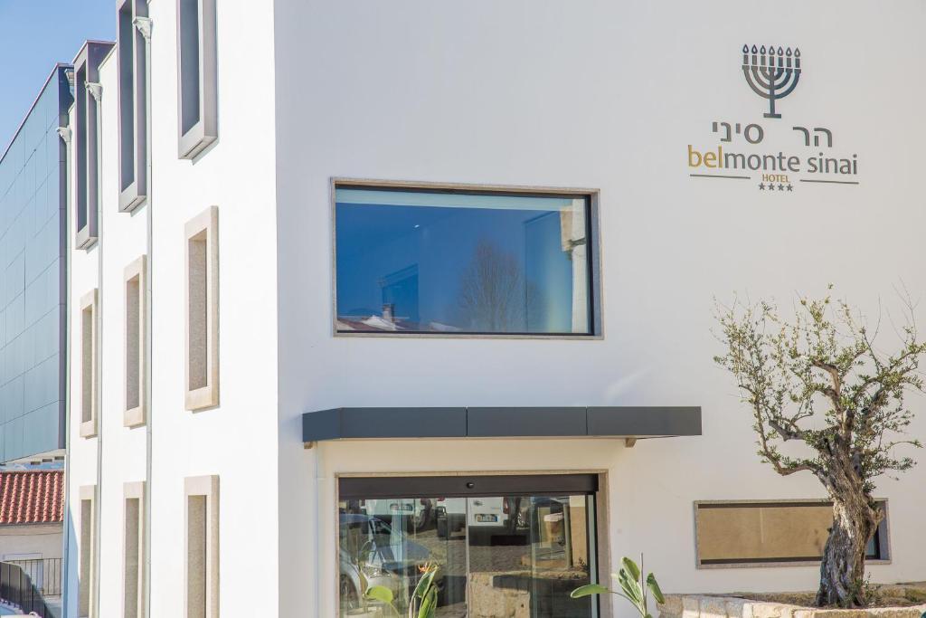 A fachada ou entrada de Belmonte Sinai Hotel