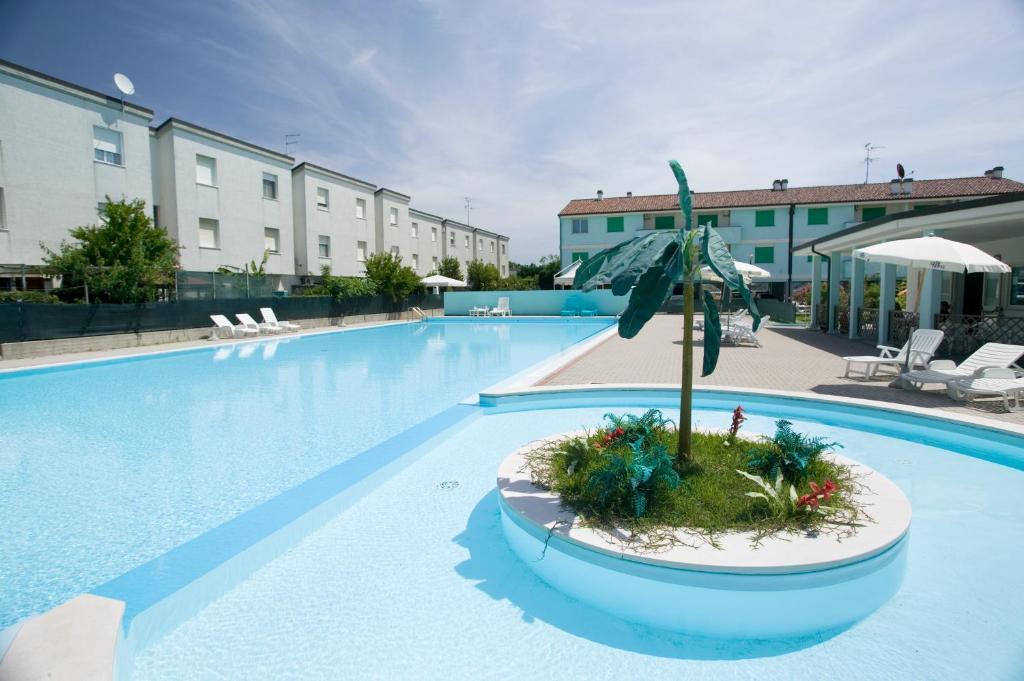 Residence Long Beach Village