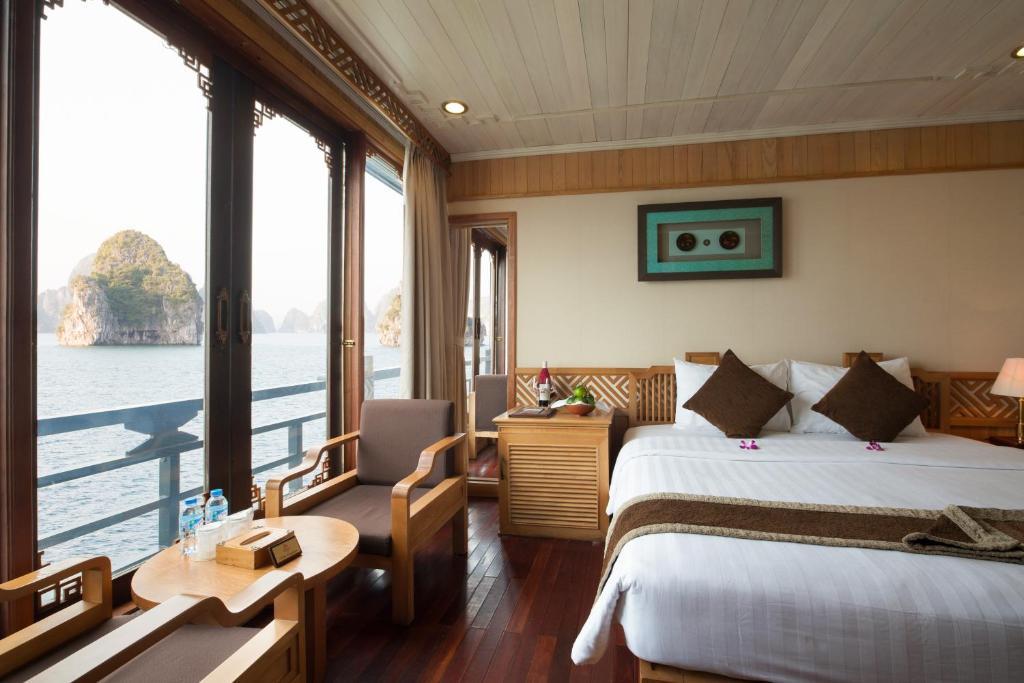 Halong Glory Premium Cruise