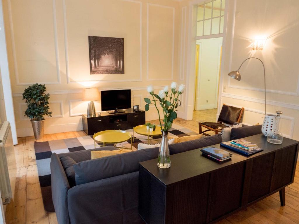 Część wypoczynkowa w obiekcie Traveling To Lisbon Chiado Apartments
