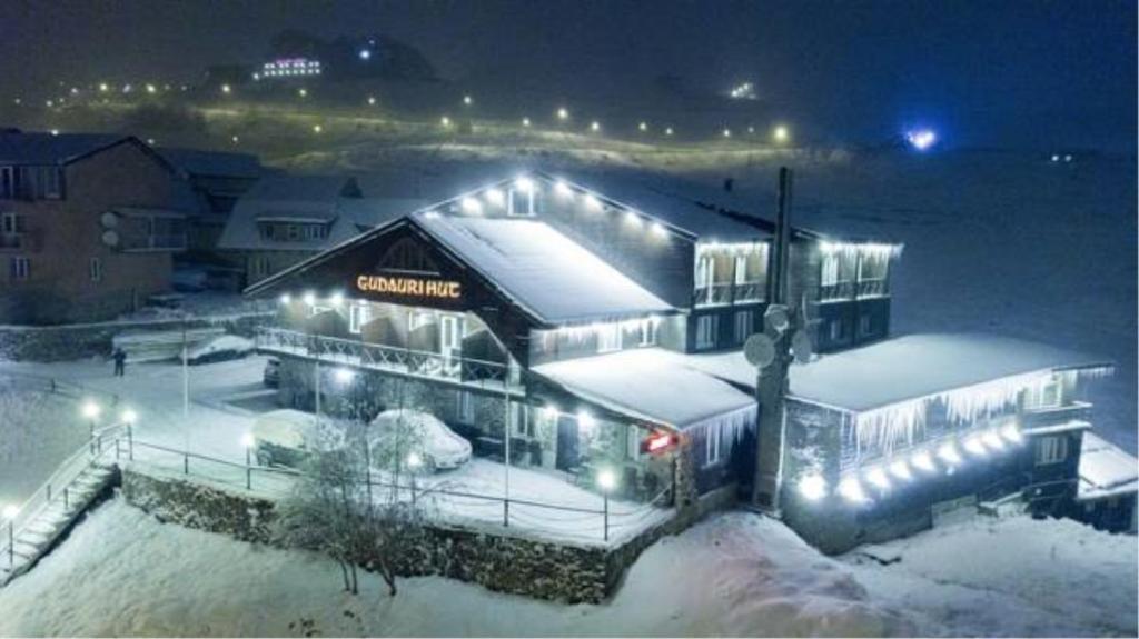 Gudauri Hut Hotel talvel