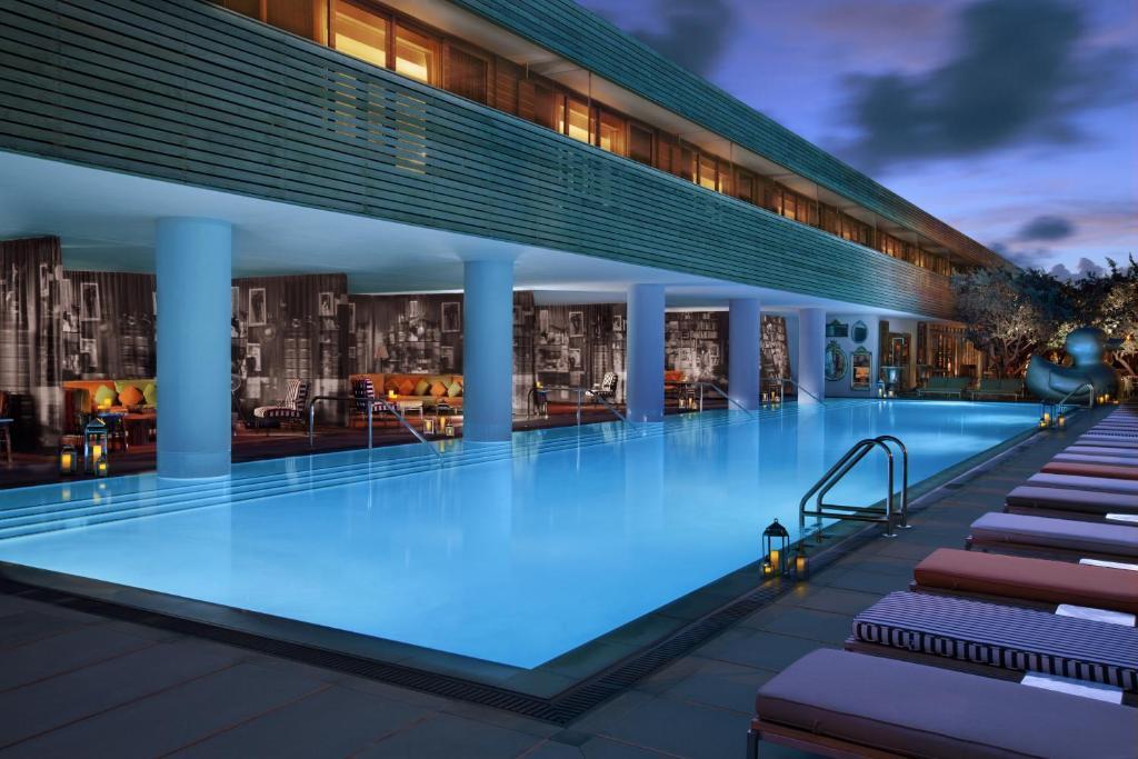 Booking Отель Sls South Beach