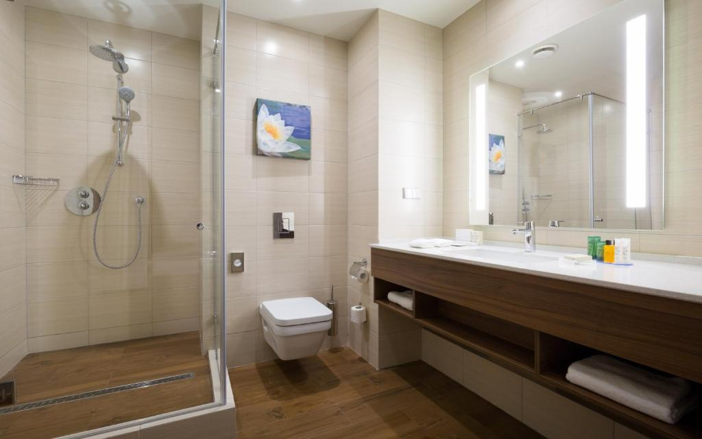 Ванная комната в Хилтон Гарден Инн Оренбург