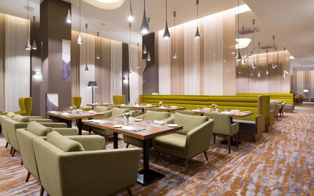 Ресторан / где поесть в Хилтон Гарден Инн Оренбург