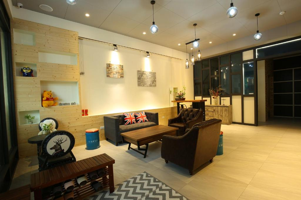 The lobby or reception area at MeHomestay B&B