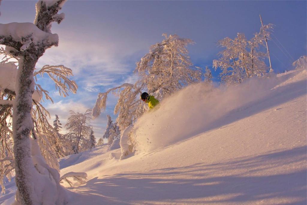 גלישת סקי בבית נופש או בסביבה