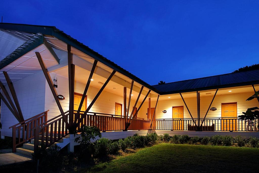 Nature Lodge Sepilok