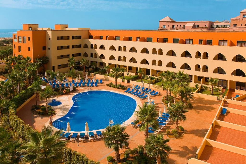 Uma vista da piscina em Playa Marina Spa Hotel - Luxury ou nas proximidades