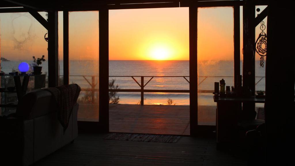 O pôr ou nascer do sol visto do albergue ou dos arredores
