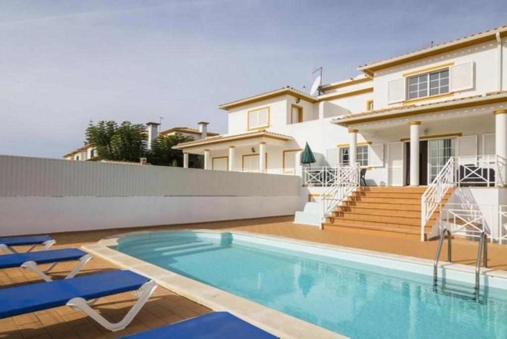 Villa Coelho (Portugal Albufeira) - Booking.com